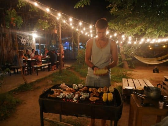 koh tao barbeque on the beach