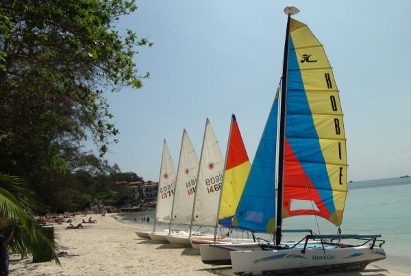 sailing on koh tao island